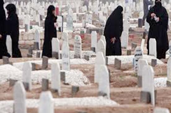 أمين الفتوى يوضح حكم زيارة المرأة الحائض للمقابر