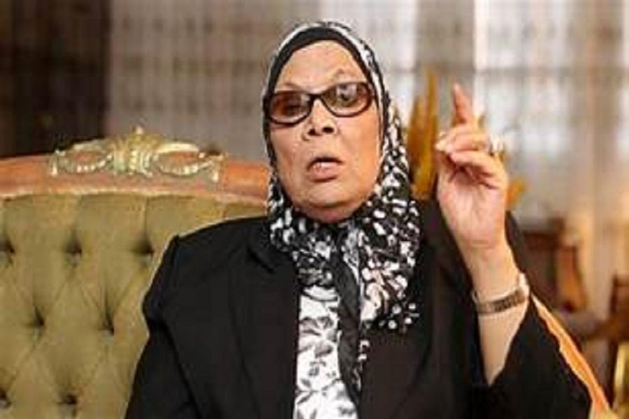 آمنة نصير: فخورة بانعقاد مؤتمر الشباب بجامعة القاهرة