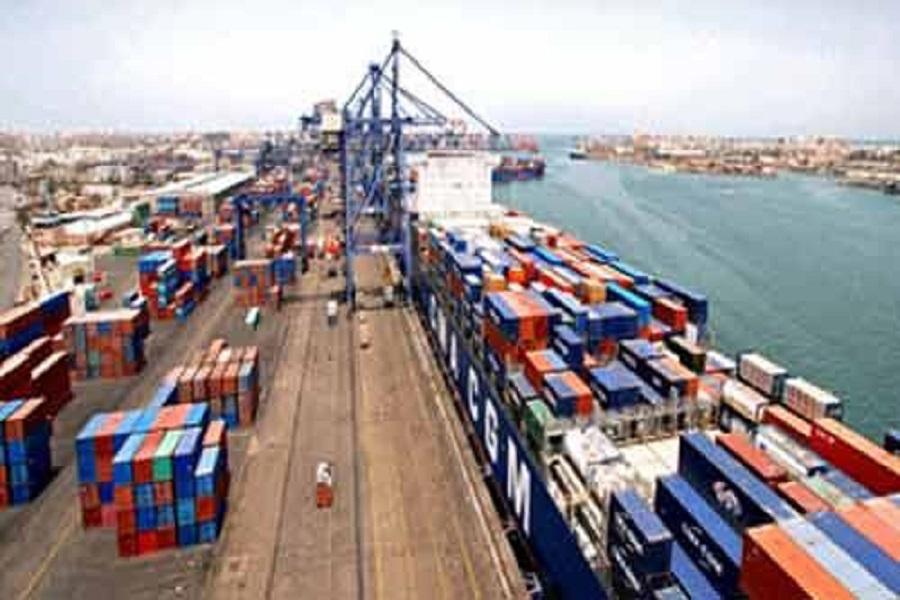 ميناء بورسعيد يستقبل 21 سفينة حاويات اليوم