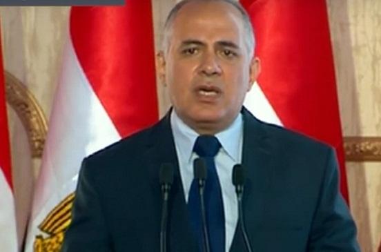 وزير الرى يستعرض جهود الوزارة أمام الرئيس السيسى فى افتتاح قناطر أسيوط الجديدة