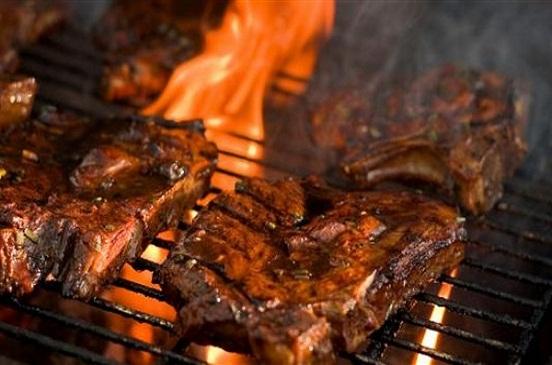 نصائح اتبعيها عند شواء اللحم للحصول على مذاق مميز