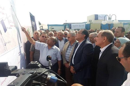 رئيس الوزراء يتفقد مشروع طريق هضبة أسيوط والتجمع العمراني لمدينة ناصر