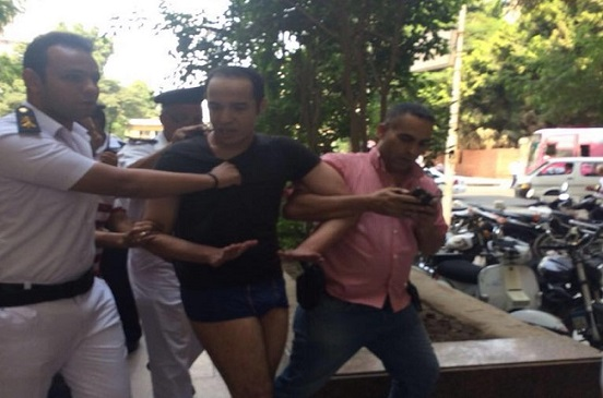 مصدر أمني: ضبط شخص بحوزته مواد كيميائية قابلة للاشتعال بميدان سيمون بوليفار