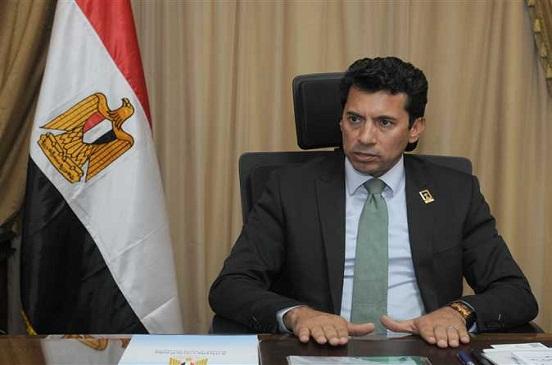 وزير الرياضة لـ محمد إيهاب: طلباتك أوامر