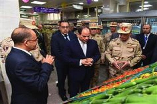 الرئيس السيسي يتفقد مشروع التطوير الحضاري لغيط العنب