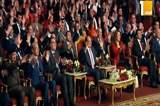 السيسى يشهد عرضا فنيا لذوى الإعاقة السمعية ..فيديو