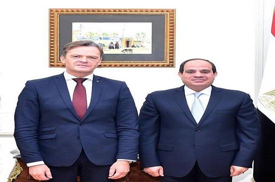 مرسيدس تعلن استئناف عمل خطوط إنتاجها في مصر