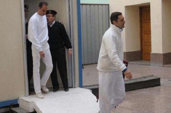 النيابة تطالب المحكمة بمصادرة أموال علاء وجمال مبارك المتحفظ عليها بقبرص