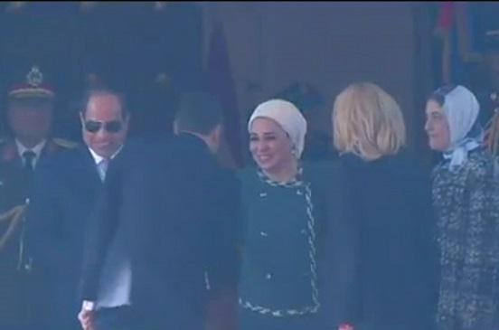 مراسم استقبال رسمية للرئيس الفرنسي ماكرون بقصر الاتحادية بحضور الرئيس السيسي وقرينته| صور