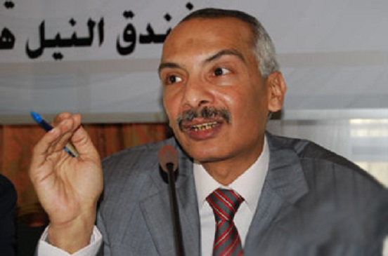 د. محمود خليل يكتب... «عرفات» النقل والمواصلات