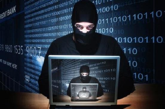 الاتحاد الأوروبي يدرس تشديد العقوبات على جرائم الإنترنت