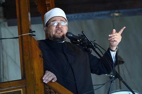 وزير الأوقاف يؤدي خطبة الجمعة بمسجد السيدة نفيسة