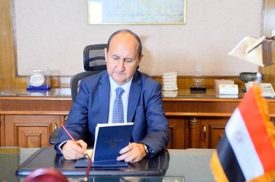 وزير التجارة: استمرار رسم الصادر لمدة عام على عدد من الخامات التعدينية
