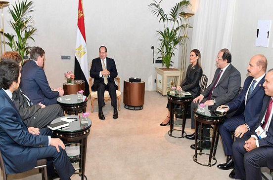 بسام راضي: الرئيس السيسي يستقبل نائب رئيس مجموعة دايملر إيه جي للسيارات بميونخ