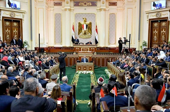 بعض مواد دستور 2014 لا تتناسب مع الواقع.. نواب البرلمان يناقشون التعديلات خلال 3 جلسات اليوم