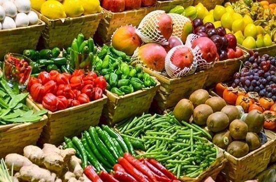 أسعار الخضار والفاكهة في الأسواق اليوم الأحد.. فيديو