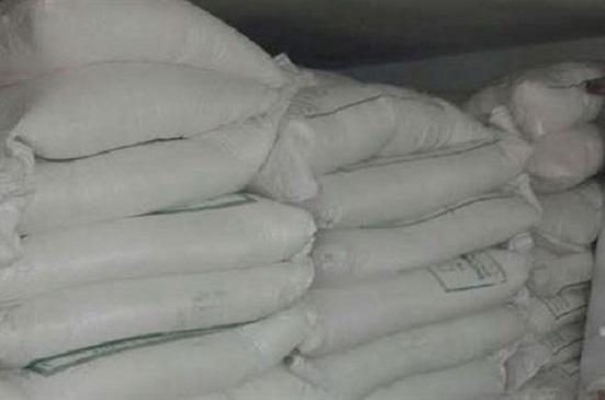 ضبط 10 أطنان سكر مجهول المصدر و52 قضية تموينية بسوهاج