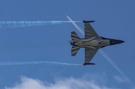 تحطم طائرة F-16 بلجيكية ونجاة طياريها بأعجوبة