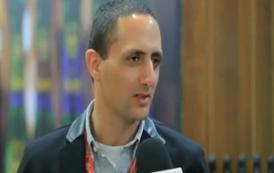 حكاية أصغر شاب مصري يؤسس أول مصنع للمشروبات الغازية ينافس المنتجات العالمية