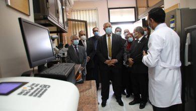 وزير الزراعة يفتتح معمل تطبيقات النانوتكنولوجي بمركز بحوث الصحراء| صور